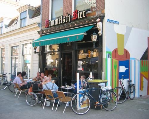 Café Bar Binnen Best